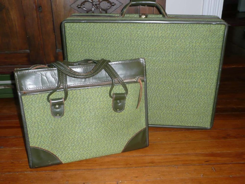 Awesome vintage Hartman luggage with tweed fabric and real leather.