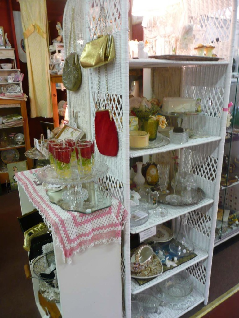 More glassware and purses.