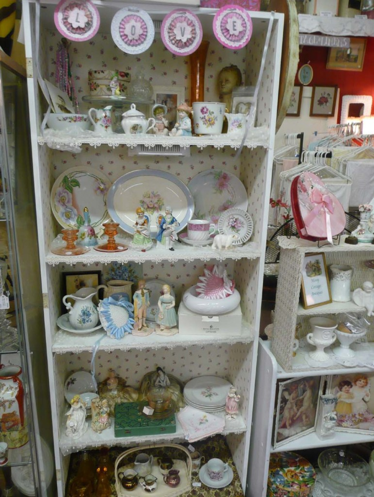 Shabby Chic china, figurines and other pretties.