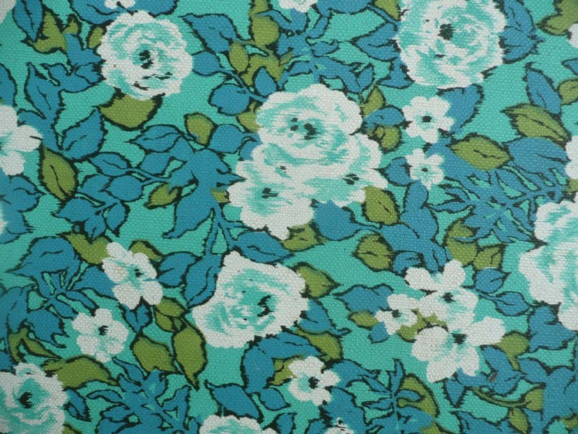 Beautiful fabric that matches our house trim!