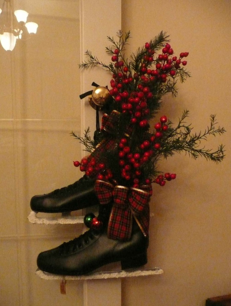 Up-cycled men's skates. The blades had marks on them so I covered them with snowtex to hide the flaw.