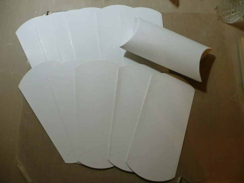 Plain white pillow boxes.